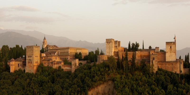 alhambra-179171_1920